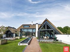 Barn Conversion Exterior, Bungalow Conversion, Converted Barn Homes, Different House Styles, Thatched House, Dutch House, Modern Mansion, Modern Architecture, Future House