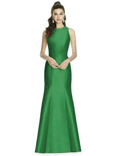 Alfred Sung Style D734 http://www.dessy.com/dresses/bridesmaid/alfred-sung-style-d734/