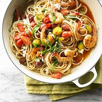 Heirloom tomatoes and fresh basil flavor this Spiced Up Pasta with Shrimp - mmm!
