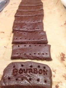 A little sweet treat for #MeatFreeMonday #vegan #Chocolate #Bourbon #biscuits #nutritioncoach http://www.nutrition-coach.co.uk/blog/bourbon-biscuits/