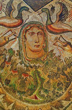 """Villa Romana de La Olmeda: mosaico en el oecus que representa """"La primavera""""."""