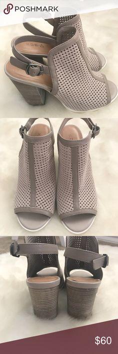 """Kelsi Dagger Goya Brooklyn Grey Suede Heel 6.5 These are a gently worn pair of peep toe grey suede block heels by Kelsi Dagger  Heel height : 3 3/4"""" Kelsi Dagger Shoes Heels"""