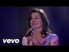 Amy Grant, Sandi Patty - El Shaddai (Live) - YouTube
