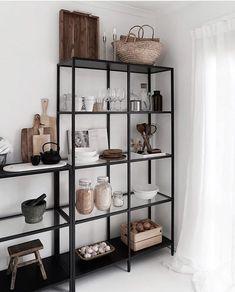 simple but smart shelves decorations for living room storage ideas - page 1 Home Living Room, Apartment Living, Living Room Decor, Living Spaces, Bedroom Decor, Decoration Inspiration, Room Inspiration, Design Exterior, Dining Room Design
