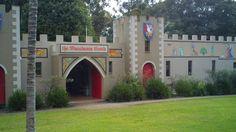 Australia - Macadamia Castle