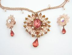 AVON-Peach-Paradise-Medallion-Necklace-and-Earrings-SET-Clip-On-Coppertone-Orang