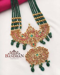 10 Jewellery Designs That Dominated This Year Coin Jewelry, Bridal Jewelry, Jewelery, Beaded Jewelry Designs, Jewelry Patterns, Manubhai Jewellers, Temple Jewellery, Gold Jewellery, Gold Jewelry Simple
