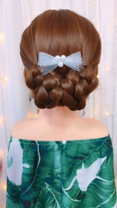 So pretty and easy at the same time 💖😍 The Effective Pictures We Offer You About kids hairstyles bow Easy Hairstyles For Long Hair, Braided Hairstyles, Wedding Hairstyles, Hairstyle Ideas, Kid Hairstyles, Elegant Hairstyles, Hair Up Styles, Medium Hair Styles, Long Hair Video