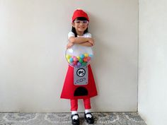 Zoë is that girl who comes up with wild costume ideas. I, on the other hand, am that mother who's crazy enough to go along with it. Last Halloween, she wanted to be a cupcake. This year, to k… Diy Girls Costumes, Little Girl Costumes, Game Costumes, Creative Costumes, Costume Ideas, Gumball Costume, Gumball Machine Costume, Diy Gumball Machine, Last Halloween