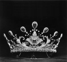 Lady Paget's Tiara of 758 Diamonds and 14 Emeralds