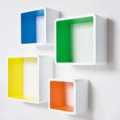 Color on the inside of a shelf? Great pop of color for a kids room or basement maybe! - Cube Shelves - Ideas of Cube Shelves Floating Cube Shelves, Cube Wall Shelf, Wall Cubes, Cool Shelves, Wall Shelves Design, Kids Wall Shelves, Painted Baskets, Etagere Design, Old Baskets