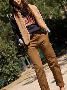 madewell faux-mink muffler worn with the carhartt® work in progress pierce pants + carhartt® work in progress division hoodie.