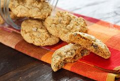 Low-fat pumpkin spiced chocolate chip cookies--bet these would be good with dark chocolate chips!