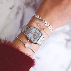 Citizen Watches Eco-Drive Gold Tone One Size – Fine Jewelry & Collectibles Casio Vintage Watch, Vintage Watches Women, Casio Watch, Vintage Ladies, Stylish Jewelry, Fashion Jewelry, Shark Watches, Stylish Watches, Luxury Watches