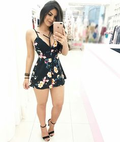 Image may contain: 1 person Hot Outfits, Skirt Outfits, Trendy Outfits, Summer Outfits, Sexy Dresses, Cute Dresses, Fashion Dresses, Look Fashion, Girl Fashion