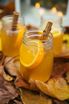 Quick 'n' Easy Epic Mulled Cider (The Londoner) Remember remember, the fifth of November. Tonight is Bonfire Night Party Ideas, Bonfire Night Wedding, Bonfire Night Food, Spiced Cider, Apple Cider, Alcohol Recipes, Tea Recipes, Fall Recipes, Meals