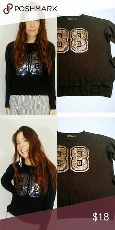 Black knit sweater with sequin 88 Black long sleeved knit sweater with sequin 88 Brand||Forever 21 Size||M/L Forever 21 Sweaters Crew & Scoop Necks