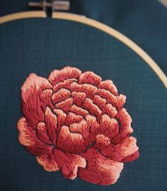 Made some progress on this peony hoop over the long weekend. Hope you all had a wonderful Thanksgiving 🍁 I'm planning to sell this once… Hand Embroidery Designs, Floral Embroidery, Cross Stitch Embroidery, Embroidery Patterns, Machine Embroidery, Chinese Embroidery, Embroidery Fashion, Embroidery Techniques, Embroidered Flowers