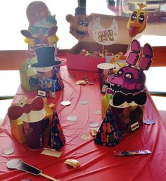 Five Nights at Freddy's birthday party I threw for the kiddo! Yes, at a Chuck E Cheese's. The looks were worth it! 10th Birthday Parties, 8th Birthday, Birthday Ideas, Happy Birthday, Chuck E Cheese, Freddy 's, Five Nights At Freddy's, Party Cakes, Fnaf