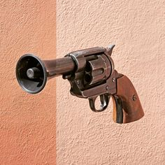 Here are the latest improbable mashups by Stephen McMennamy, who with his ComboPhoto series is having fun combining two pictures.Bullhorn and gun-megafoon en pistool #combophoto