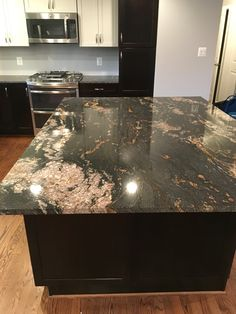 Black magma granite - New House Ideas - Welcome Haar Design Dark Granite Countertops, Epoxy Countertop, Granite Kitchen, Kitchen Countertops, Black Granite, Diy Kitchen, Kitchen Island, Kitchen Ideas, Kitchen Design