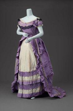 evening dress ca. 1870 via The Museum of Fine Arts, Boston