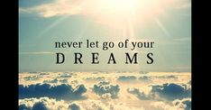 frasi motivazionali – Never let go of your dreams Dream Quotes, Best Quotes, Life Quotes, It Service Management, Miracle Quotes, Believe In Yourself Quotes, Motivational Quotes, Inspirational Quotes, Meaningful Quotes