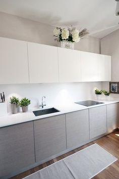 View full picture gallery of Villa - Colline Marchigiane Kitchen Cupboard Designs, Kitchen Room Design, Modern Kitchen Design, Home Decor Kitchen, Interior Design Kitchen, Home Kitchens, Galley Kitchen Design, Taupe Kitchen, Gray And White Kitchen