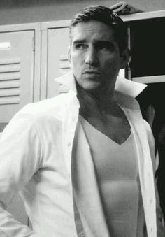 Jim Caviezel... if girls had lockers, his pic would be in mine :)