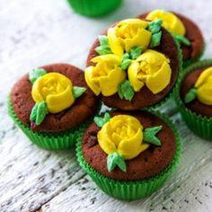 Emilian tulppaanimuffinssit Cake Decorating Techniques, Margarita, Cupcakes, Baking, Desserts, Food, Events, Tailgate Desserts, Cupcake Cakes