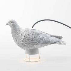 Turn on the Dove X Light and relax in the atmosphere of peace. This design not only functions as a light, it also elegantly decorates your house in the daytime.