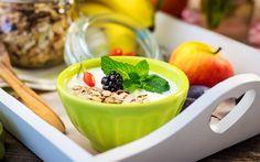 Download wallpapers healthy breakfast, 4k, muesli, fruit, breakfast, yogurt