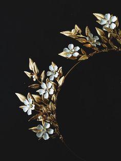 Bichette crown limited edition by mignonnehandmade on Etsy Bridal Headdress, Bridal Tiara, Headpiece Wedding, Wedding Accessories, Hair Accessories, Tiaras And Crowns, Hair Barrettes, Hair Piece, Crystal Rhinestone