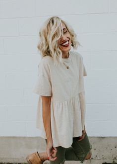 Tan Babydoll Top with Short Sleeves | ROOLEE