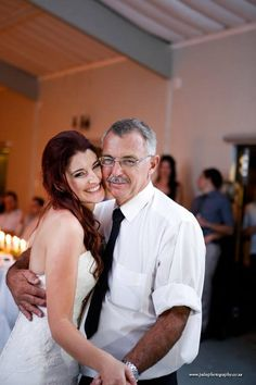 Dancing with my dad. Wedding fibes!