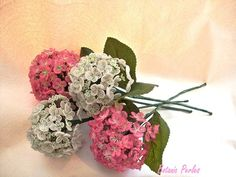 Bouquet en perles Hortensias grandeur nature  : Accessoires de maison par botanic-perles