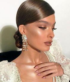 Glamorous Makeup, Glam Makeup, Love Makeup, Eyeshadow Makeup, Makeup Looks, Hair Makeup, Girls Makeup, Makeup Kit, Formal Hairstyles