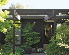 Mid-Century post and beam architecture
