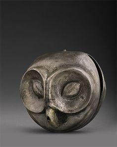 Campana en forma de cabeza de Búho de cerámica de la Cultura Vicus (100 AC-400AC) Perú,