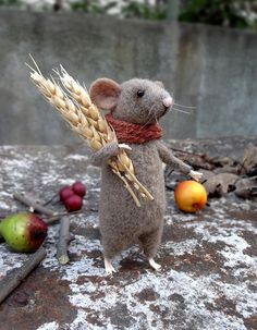 Woolen mouse Mouse with ears of grain Art by MollyDollyNatural