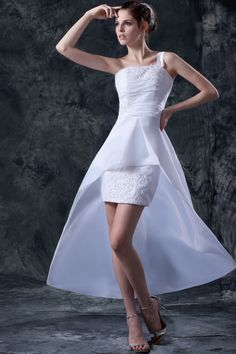 Modern White Taffeta Wedding Dress - Order Link: http://www.theweddingdresses.com/modern-white-taffeta-wedding-dress-twdn3322.html - Embellishments: Beading,Applique,Ruffles; Length: Sweep/Brush Train; Fabric: Taffeta; Waist: Natural - Price: 158.56USD