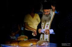 The priest blesses the bread.   (CC-BY-SA 3.0) Priest, Blessed, Bread, Fish, Painting, Painting Art, Breads, Paintings, Baking