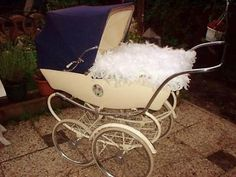 Ouderwetse Engelse Silver Cross Durham Kinderwagen