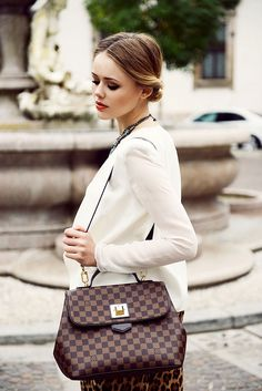 """OUTFIT OF THE DAY  BLAZER : Minusey  LIPS : YSL """"Corail Aquatique""""  BAG : Louis Vuitton"""