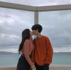 CUTE COUPLE Couple Aesthetic, Korean Aesthetic, Ulzzang Couple, Ulzzang Girl, 1million Dance Studio, Couple Goals Cuddling, Girl Couple, Korean Couple, Photo Couple