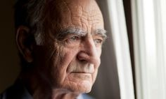 Lewy Body dementia (LBD) is a very serious condition that is often overshadowed by its more well-known cousin, Alzheimer's disease. To clear up some of the confusion, here are 8 things everyone should know about LBD, Lewy Body Dementia, Dementia Care, Alzheimer's And Dementia, Vascular Dementia, Dementia Awareness, Leiden, Corps De Lewy, Best Electric Razor, Electric Razors