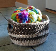 Chunky-crochet-project-bask ༺✿ƬⱤღ  https://www.pinterest.com/teretegui/✿༻