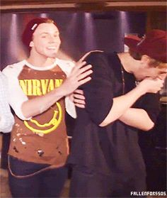"Ashton Irwin and Luke Hemmings <3 Lashton <3 ""Whats so funny lmaoo"" <3 ""Ashton? Is That A Shirt New?"" <3 5 Seconds Of Summer <3 5SOS"