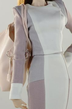 prepare for (FR2 body) set inc.: blazer, skirt, bag, shoes.