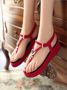 This is the cool and best sandals for the using every where with this red sandals the ladies attend the all parties to make the best foot wear look. Red Sandals, Gladiator Sandals, Girls Heels, Ladies Shoes, Pakistani Dresses Casual, New Shoes, Women's Shoes, Partner, Wedding Shoes